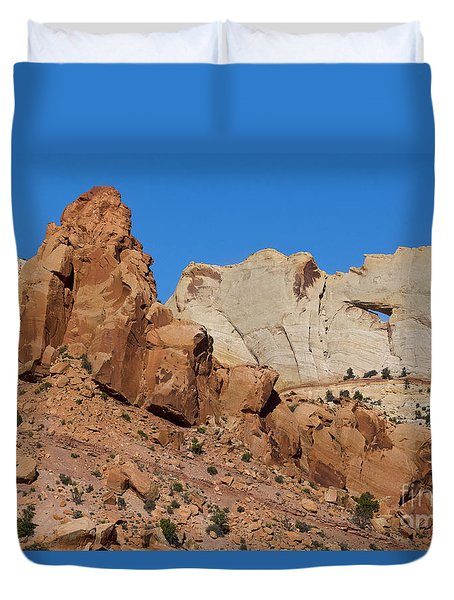 Sandstone Arch At Capitol Reef Duvet Cover