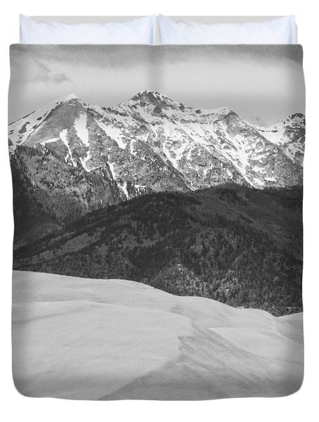 Sangre De Cristo Mountains And The Great Sand Dunes Bw V Duvet Cover by James BO  Insogna