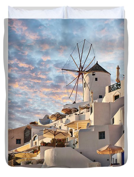 Santorini Windmill At Oia Duvet Cover