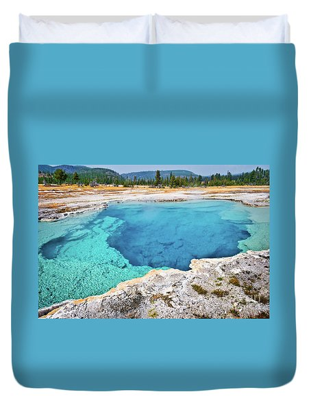 Sapphire Pool, Biscuit Basin Duvet Cover