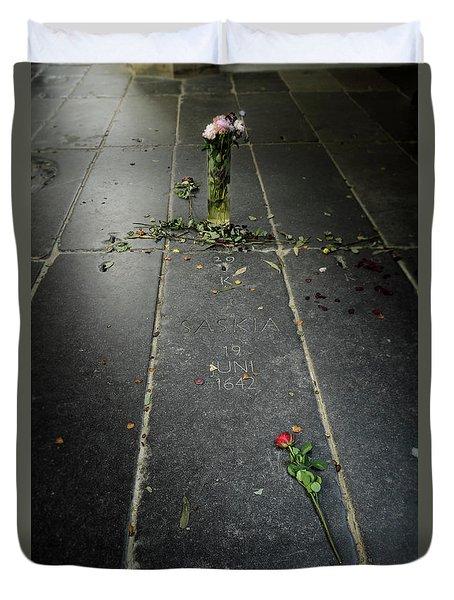 Saskia Rembrandt's Tomb Duvet Cover by RicardMN Photography