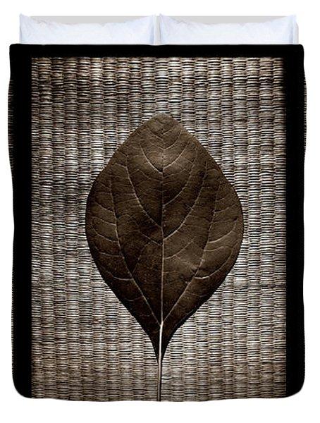 Sassafras Leaves With Wicker Duvet Cover
