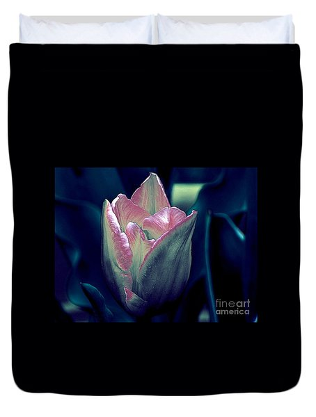 Duvet Cover featuring the photograph Satin by Elfriede Fulda
