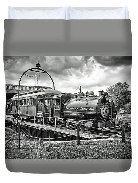 Savannah Central Steam Engine On Turn Table Duvet Cover by Scott Hansen
