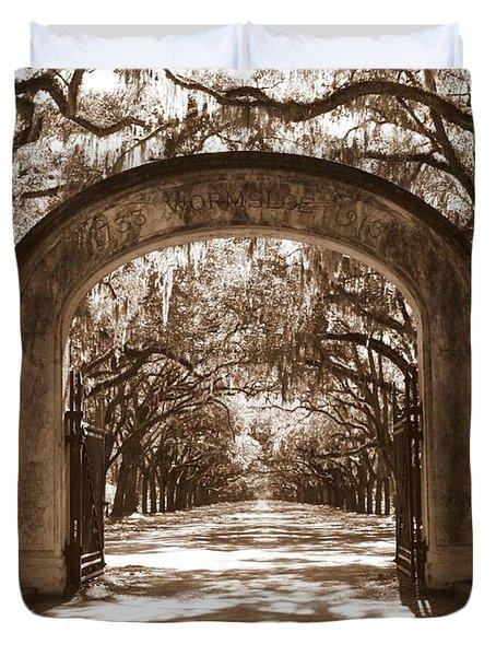Savannaha Sepia - Wormsloe Plantation Gate Duvet Cover