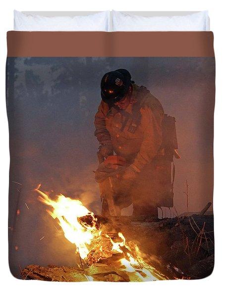 Sawyer, North Pole Fire Duvet Cover by Bill Gabbert