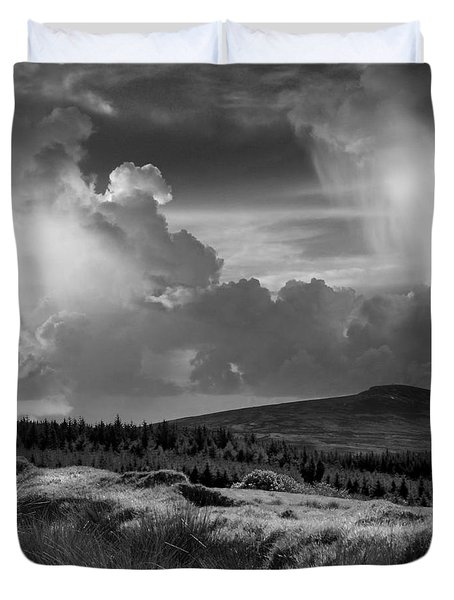 Scattering Clouds Over The Cronk Duvet Cover