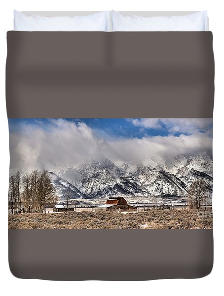 Duvet Cover featuring the photograph Scenic Mormon Homestead by Adam Jewell