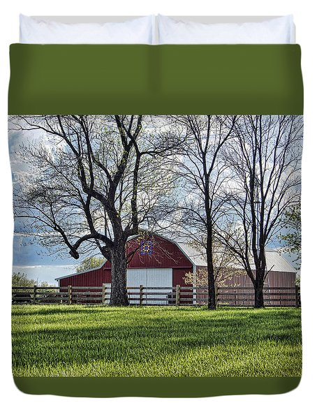Duvet Cover featuring the photograph Schooler Road Barn by Cricket Hackmann
