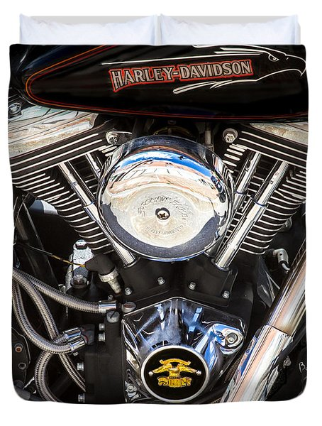 Screaming Eagle  Duvet Cover by Bob Orsillo