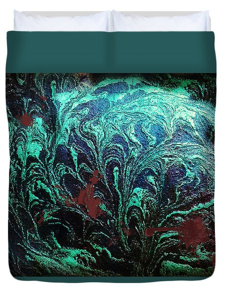 Screaming In The Dark Duvet Cover
