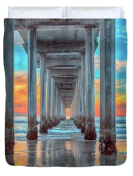 Scripps At Sunset Vertical Duvet Cover