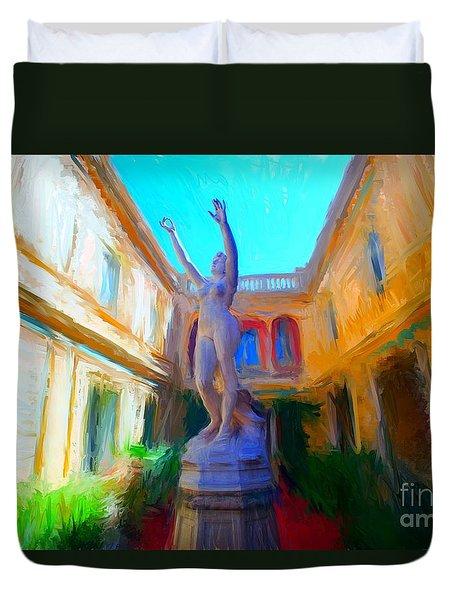 Sculpture In Garden  Duvet Cover