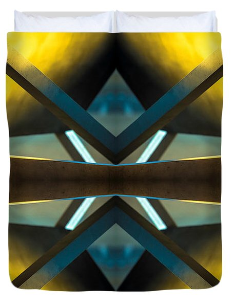 Sculpture On Southport N66v2 Duvet Cover by Raymond Kunst