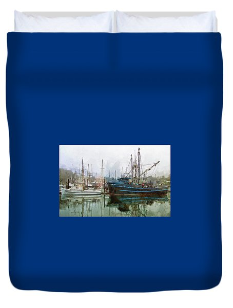Sea Breeze And Lady Law Duvet Cover