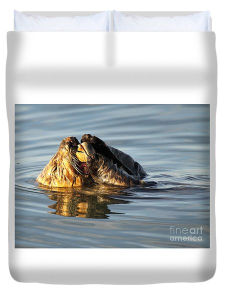 Duvet Cover featuring the photograph Sea Otter Eating Clam by Max Allen