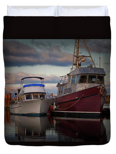 Duvet Cover featuring the photograph Sea Rake by Randy Hall