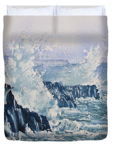 Sea, Splashes And Gulls Duvet Cover