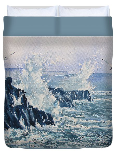 Sea, Splashes And Gulls Duvet Cover