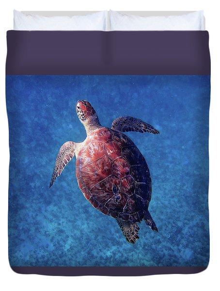 Duvet Cover featuring the photograph Sea Turtle by Lars Lentz
