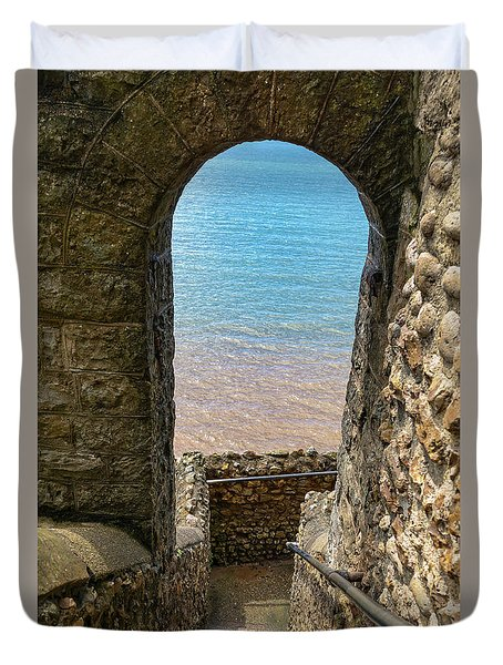 Duvet Cover featuring the photograph Sea View Arch by Scott Carruthers