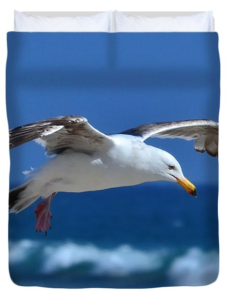 Seagull In Flight Duvet Cover