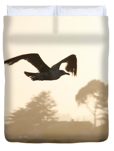 Seagull Sihlouette Duvet Cover by Marilyn Hunt