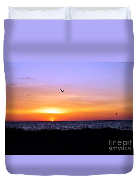 Seagull Sunrise Song Duvet Cover