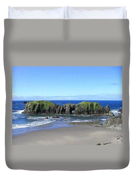 Seascape Supreme Duvet Cover by Will Borden