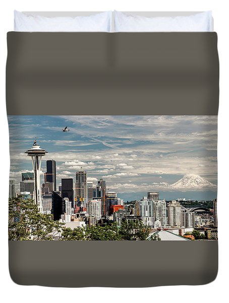 Seattle Space Needle With Mt. Rainier Duvet Cover by Tony Locke