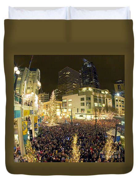 Duvet Cover featuring the photograph Seattle Westlake Tree Lighting by Peter Simmons