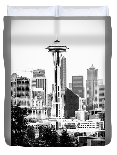 Seattle's Space Needle In Black And White Duvet Cover