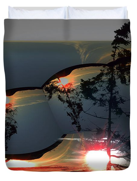 Sechelt Tree 12 Duvet Cover by Elaine Hunter