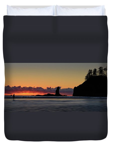 Second Beach Silhouettes Duvet Cover