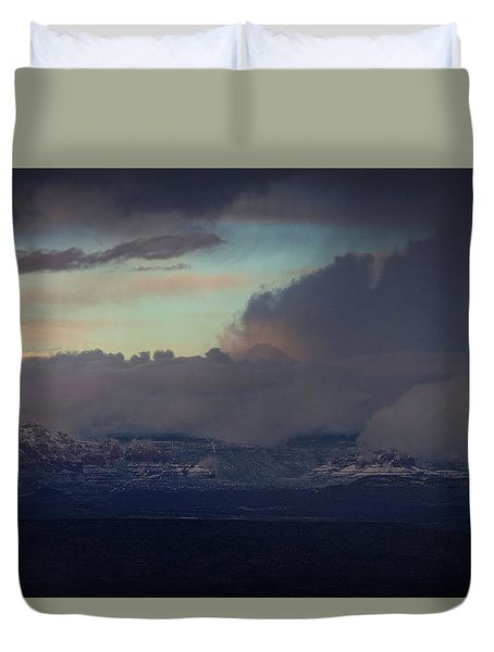 Duvet Cover featuring the photograph Sedona At Sunset With Red Rock Snow by Ron Chilston