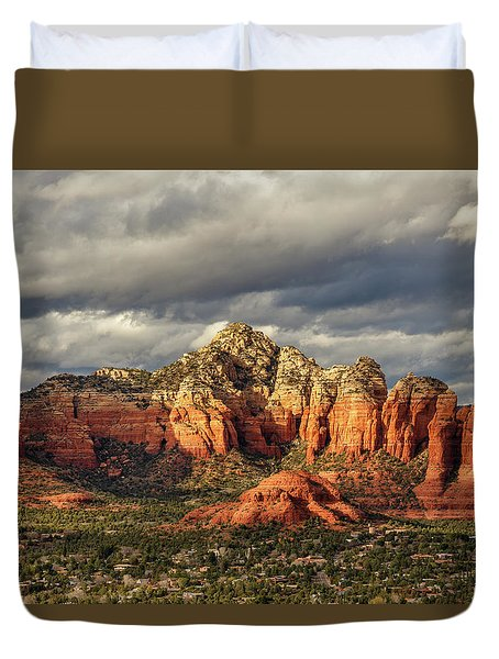 Duvet Cover featuring the photograph Sedona Skyline by James Eddy
