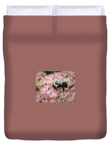 Duvet Cover featuring the photograph Sedum Bumbler by Bill Pevlor