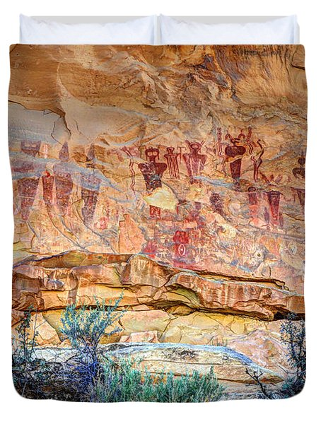 Sego Canyon Indian Petroglyphs And Pictographs Duvet Cover by Gary Whitton