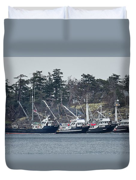 Seiners In Nw Bay Duvet Cover by Randy Hall
