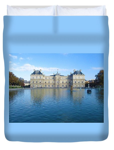 Duvet Cover featuring the photograph Senat From Jardin Du Luxembourg by Christopher Kirby