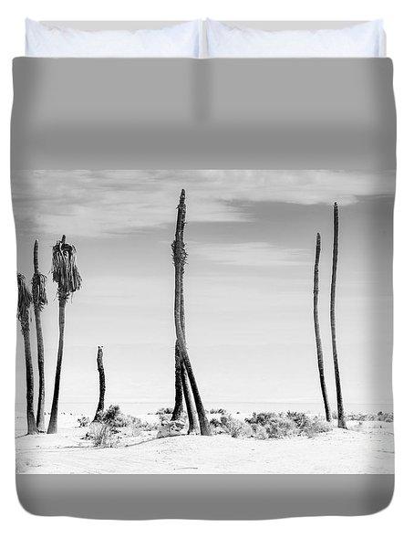 Sentinels Of The Salton Sea Duvet Cover