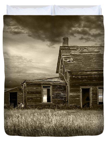 Sepia Tone Of Abandoned Prairie Farm House Duvet Cover