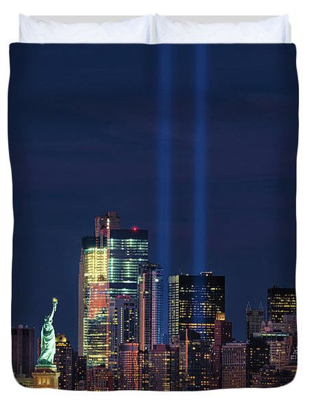 Duvet Cover featuring the photograph September 11tribute In Light by Emmanuel Panagiotakis