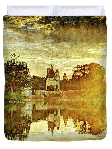 September Sunset In Chenonceau - Vintage Version Duvet Cover