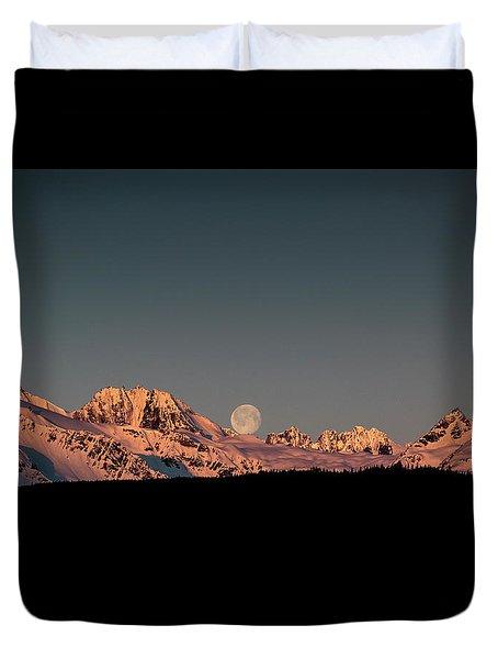 Setting Moon Over Alaskan Peaks V Duvet Cover
