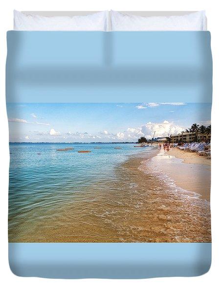 Duvet Cover featuring the photograph Seven Mile Beach by Lars Lentz