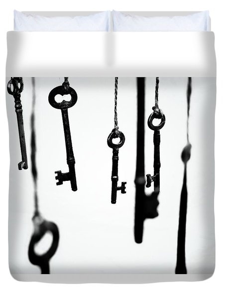 Seven Skeletons Duvet Cover