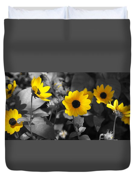 Shaded Daisies Duvet Cover