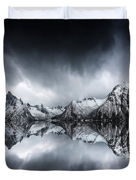 Shadow Of The Day Duvet Cover