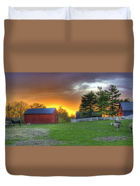 Shaker Animals At Sunset Duvet Cover